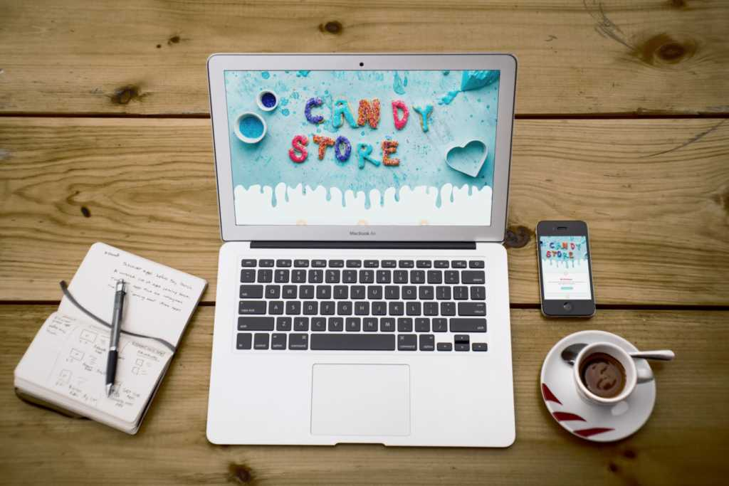OneTap.Online responsive WordPress design winkel voor laptop